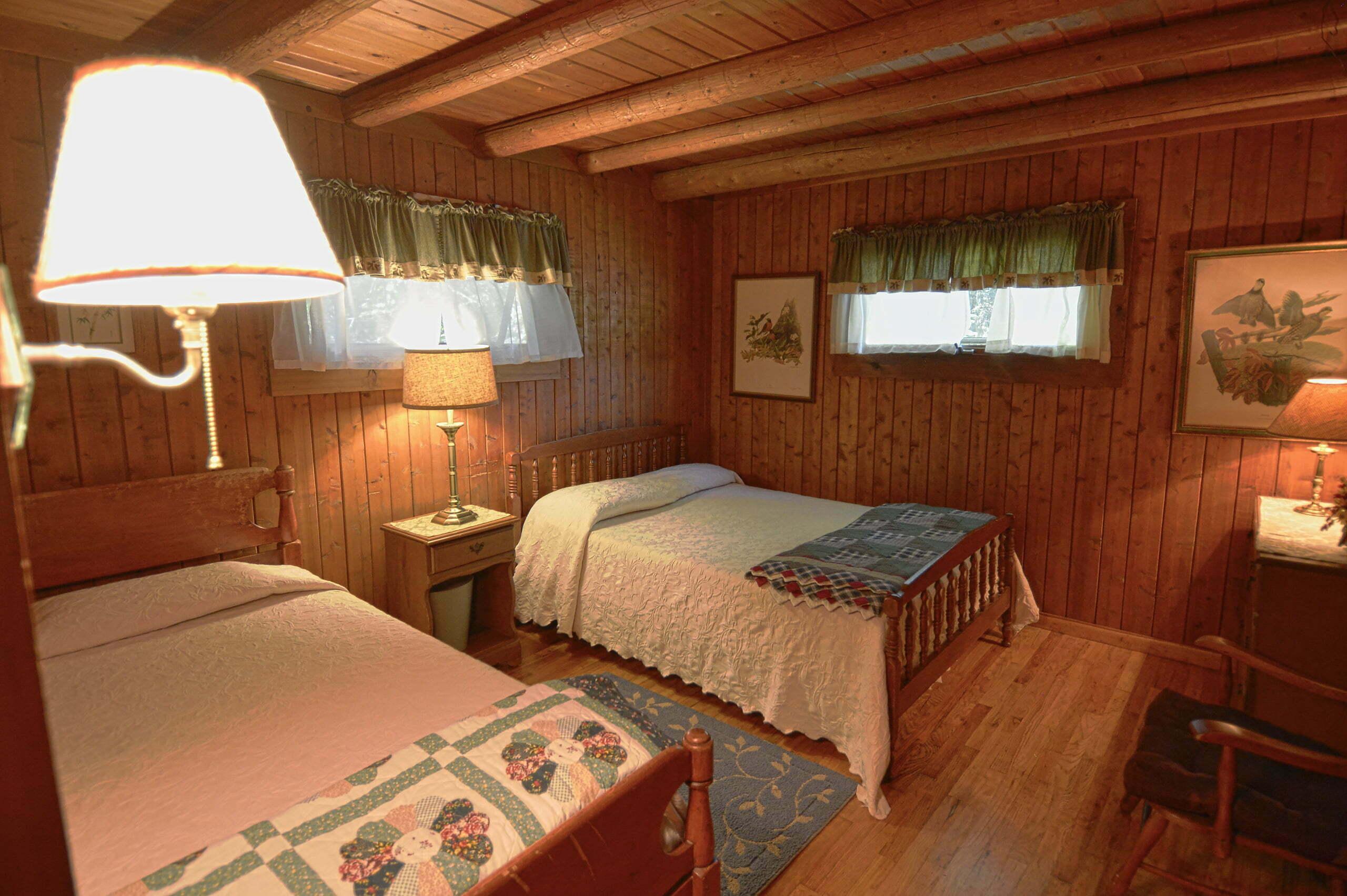 Timbers-Bedroom
